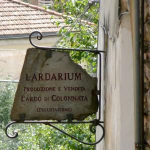 Lardarium di Colonnata