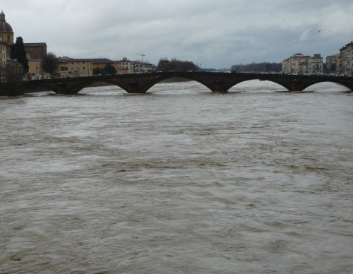 Ponte Vespucci can hardly span the roiling river