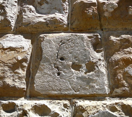 Did Micheangelo deface the front of the Palazzo Vecchio?