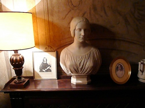Corner of the study in Barrett Browning's apartment - Casa Guidi