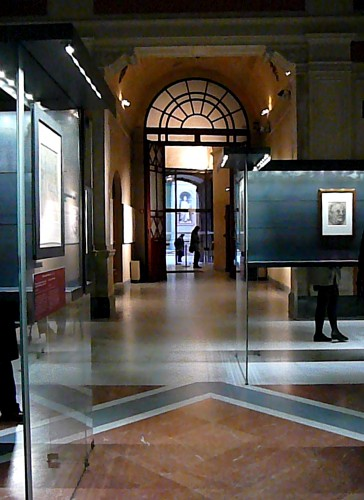 The Reali Poste opens into the courtyard of the Uffizi