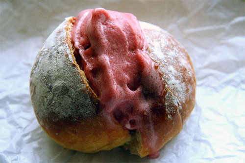 Sicilian breakfast of sorbetto in brioche