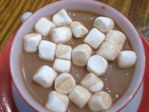 Hot cocoa 1950's style