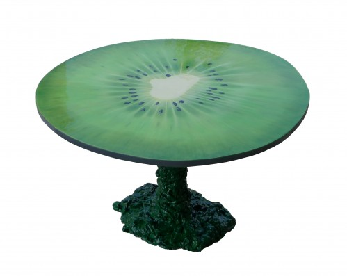 Kiwi table is a refreshing take on the fruit