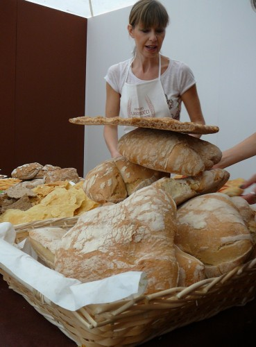 Bread of all kinds at the Festival of the Bread of Prato