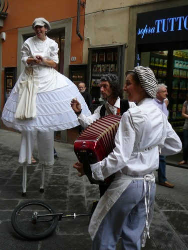 Bread baking and the arts celebrated in the streets of Prato