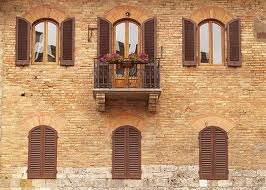 Shutters throughout Tuscany are consistent