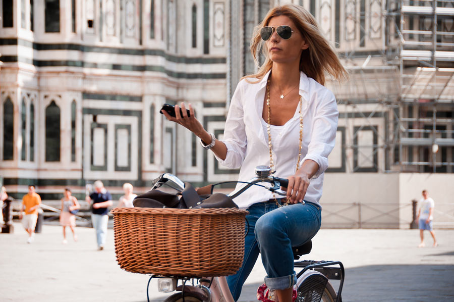 Italian Women Style Bicycling at its best in