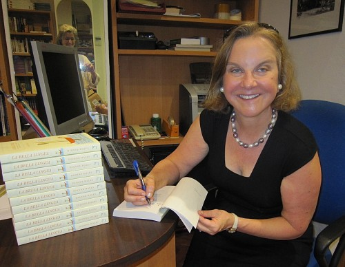 Dianne Hales signingcopies of La Bella Lingua