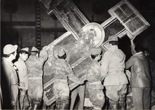 The Cimabue Crucifix in 1966