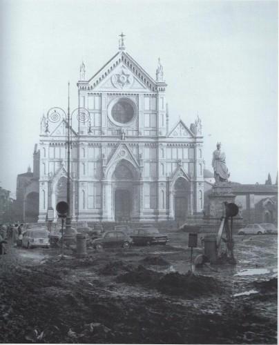 Piazza Santa Croce in November 1966
