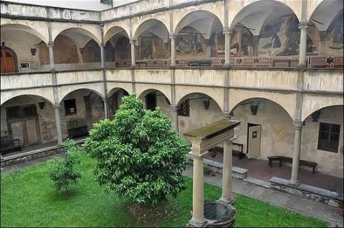 Frescoes in the cloister of the Badia Fiorentina